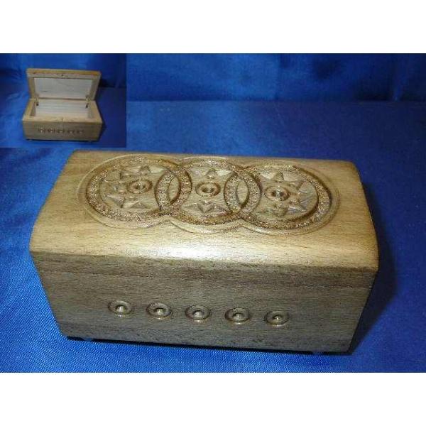 Holzdose 3
