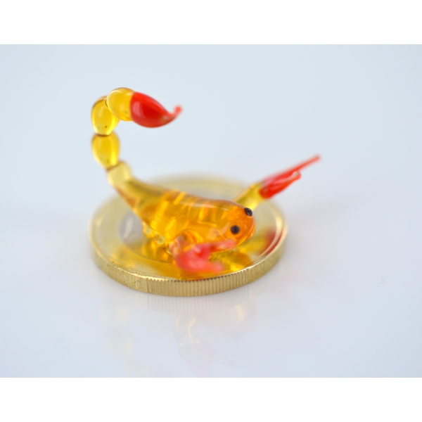 Skorpion mini gelb rot Glastier (Glasfigur k9)