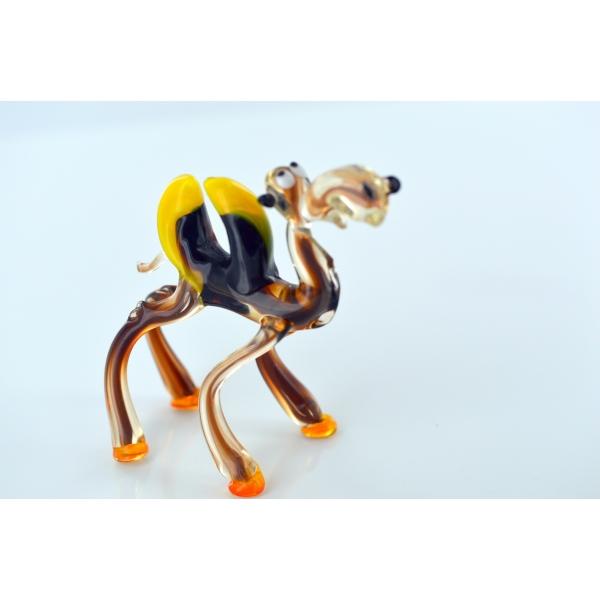 Braunes Kamel Mit Gelben Höckern - Glastier, Glasfigur